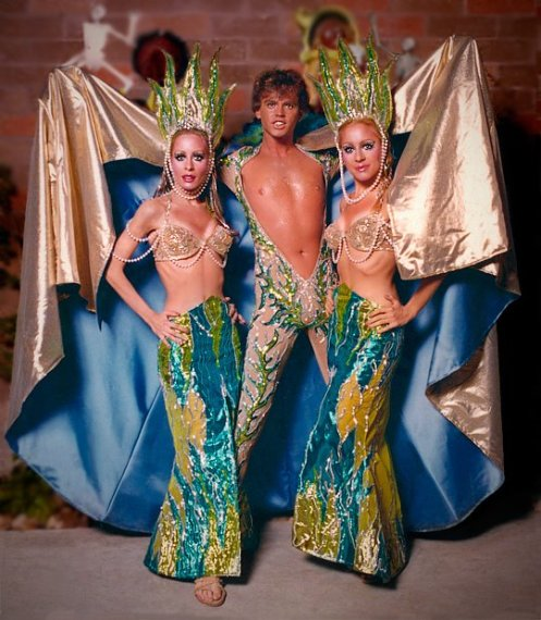 Under the Sea Trio  (Steven Frey and dancers)